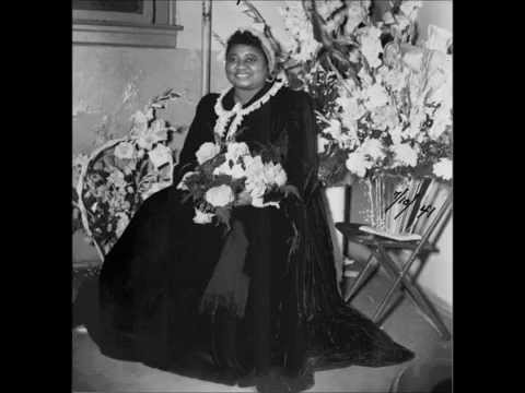 Hattie McDaniels:  The First Black Woman to Win an Academy Award