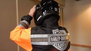 How To:  Put on H-D® Rain Gear