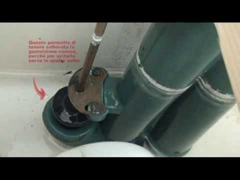 Come sostituire la guarnizione conica della cassetta di scarico