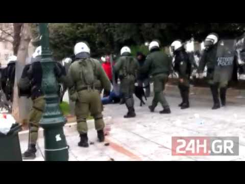 Videos y seguimiento del paro general del 10 de Febrero en Grecia. Fuertes enfrentamientos.