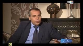 m3a nass 2m 05/12/2016 مع الناس : لحظة اكتشاف الصحفي محمد شروق إصابته بالسرطان