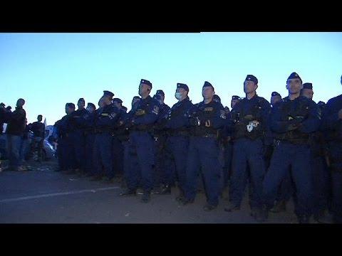 Ουγγαρία: Ακόμα και κατάσταση έκτακτου ανάγκης εξετάζει η κυβέρνηση