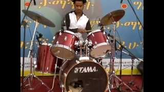 Yekermo Sew (የከርሞ ሰው) - Instrument by Sandras Inn Hotel Band, Dubai