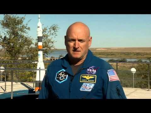 Scott Kelly, astronauta veterano de la NASA y futuro residente de la Estación Espacial Internacional, se pronuncia en contra del acoso como parte de la campaña de los Socios Federales para la Prevención de Acoso Escolar