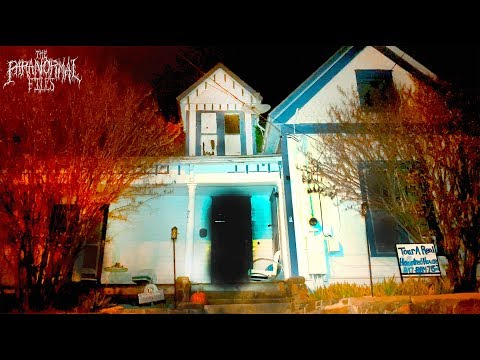 """The REAL """"Haunting of Hill House"""" (SCARY Paranormal Activity Caught On Camera)  THE PARANORMAL FILES"""