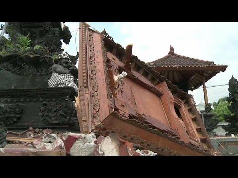 Ινδονησία: Αυξάνεται ο τραγικός απολογισμός ώρα με την ώρα…