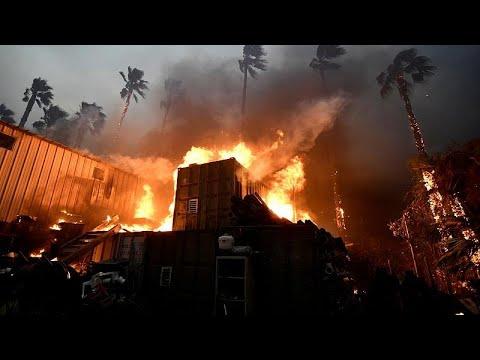 Kόλαση φωτιάς στην Καλιφόρνια