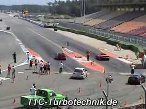 drag race: vw golf r32 twinturbo vs ferrari
