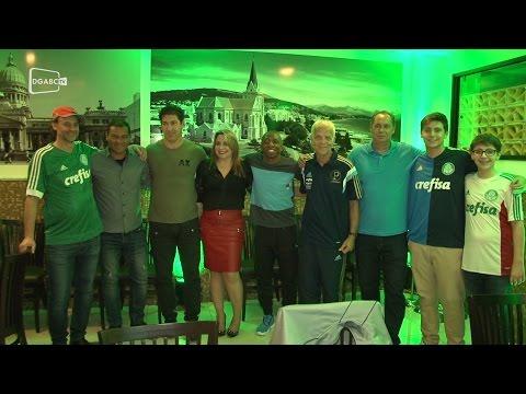 Parrilla Del Carmem realiza festa para festejar o Palmeiras