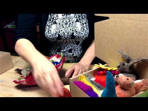 Filzwolle im bunten Kisterl – Petzi erklärt was mit dieser Mischung gefilzt werden kann