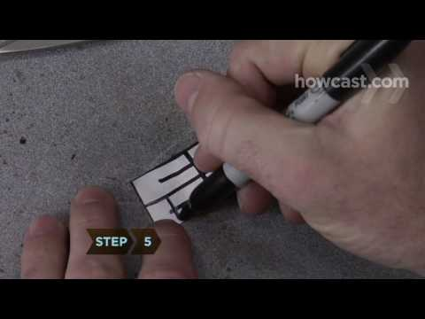 0 How to Pick a Padlock or Combination Lock in 3 Easy Steps