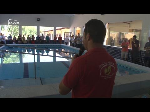 Inauguração de piscina na Cidade dos Meninos amplia vaga para a hidroterapia;