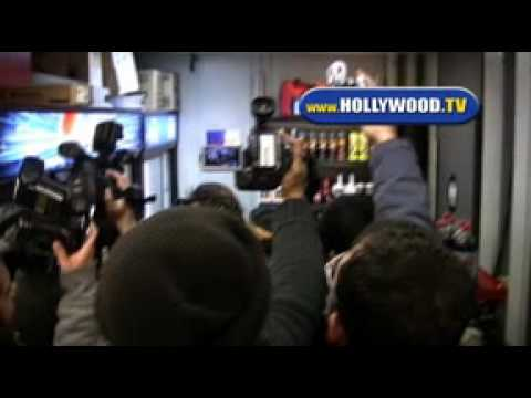 Paparazzi Swarming Britney Spears in a Gas Station