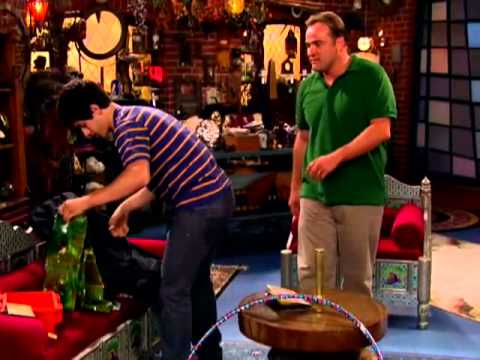 Wizards of Waverly Place - Everything There Is to Know About the Russo's - Disney Channel Official