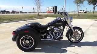 8. 853394   2015 Harley Davidson Freewheeler Trike   FLRT