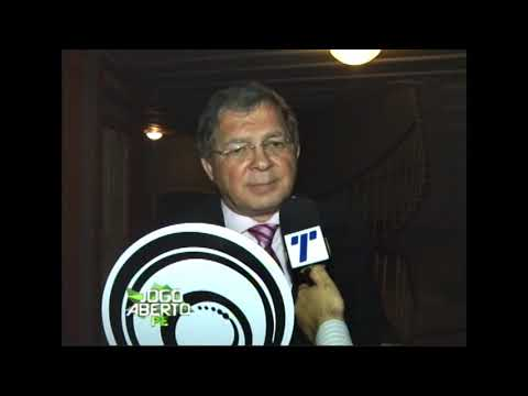 [JOGO ABERTO PE] Aderval Barros é homenageado no Prêmio Pódio Pernambuco