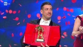 Download Lagu Sanremo 2017 - Il vincitore è Francesco Gabbani con 'Occidentali's Karma' Mp3