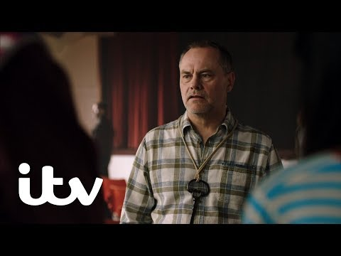 Bad Move | Steve Is Selected to Be the Keeper of the Lantern Man | ITV