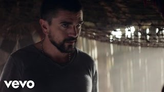 Music video by Juanes performing Hermosa Ingrata. (C) 2017 Universal Music Latino http://vevo.ly/5F7ofF.