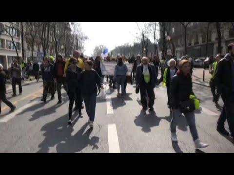 Video - Γαλλία: Στους δρόμους 40.000 διαδηλωτές - Τουλάχιστον 233 συλλήψεις
