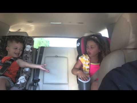 Frozen singing Luca style (видео)