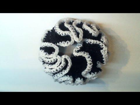 come abbellire un elastico per capelli con la tecnica dell'uncinetto