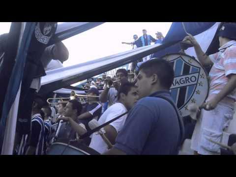 Hinchada de Almagro | Bombos Y Trompetas - Somos 3 De Febrero - La Banda Tricolor - Almagro