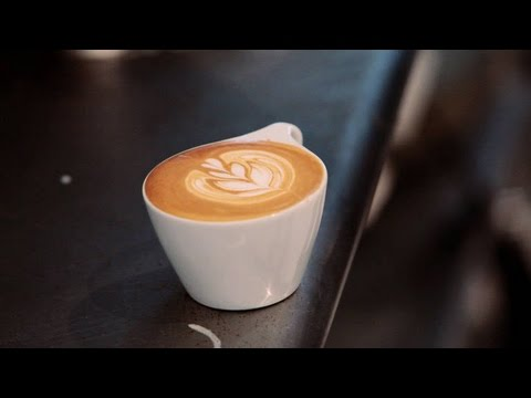 How to Make a Latte Art Tulip | Perfect Coffee