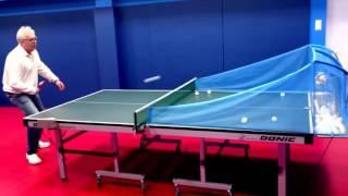 Робот-тренажер настольного тенниса