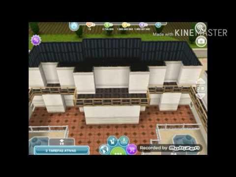 Casa Francesa em terreno grande no The Sims Freeplay (Construção).