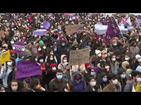 Retrait de la convention d'Istanbul : les femmes turques manifestent contre le président Erdogan