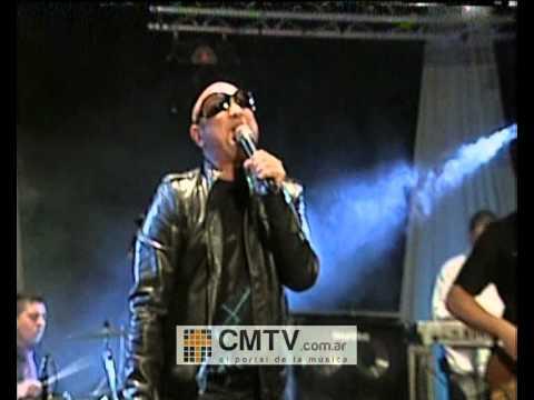 La Mosca video Muchachos, esta noche me emborracho - CM Vivo 11-07-2012