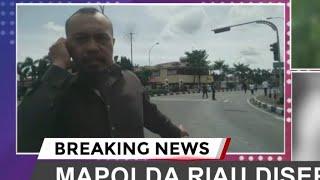 Video Polisi Berlarian Kejar Terduga Penyerang Mapolda Riau MP3, 3GP, MP4, WEBM, AVI, FLV Mei 2018