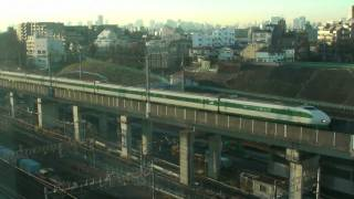 Tôkyô Sunrise (Time Lapse x150) on Tôhoku Shinkansen Line.