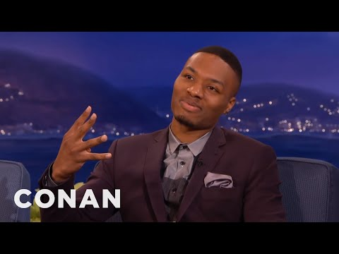 rapping - Damian drops a couple verses with the help of human beatbox Conan. Wait, not help. The opposite of help. More CONAN @ http://teamcoco.com/video Team Coco is the official YouTube channel of...