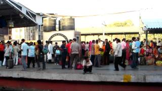 Vapi India  city images : vapi railway station India