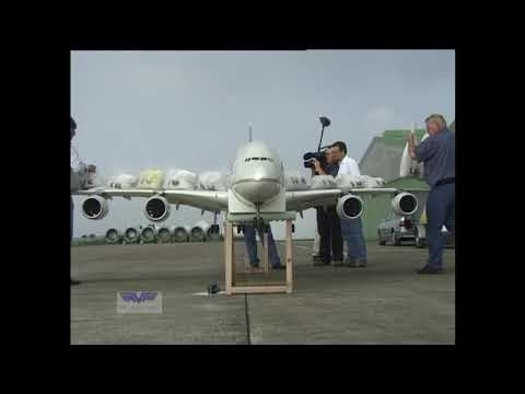 AIRLINER - This A 380 RC Model with 4 operating jet turbines, built to Airbus drawings, flew for the first time 2 years before the original Passenger plane. This video ...