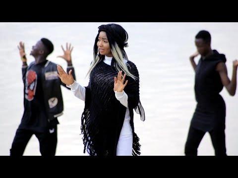 Sabuwar Waka (Tambarin Masoya) Latest Hausa Song Video 2020# Ft Maryam kk