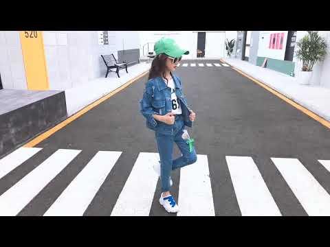 Джинсовая куртка для девочек модная весенняя детей 2020 новая детская верхняя одеж… видео