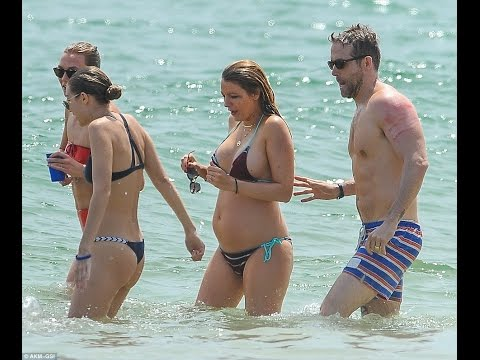 Pregnant Blake Lively Baby Bump In A Bikini With Ryan Reynolds
