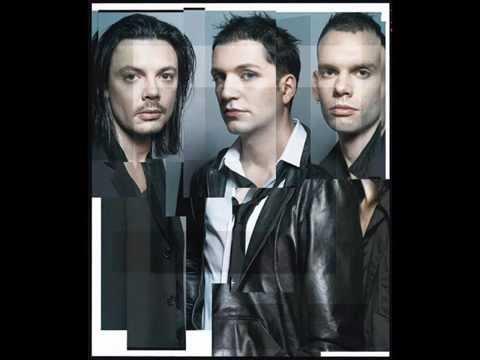 Tekst piosenki Placebo - Grave to soul po polsku