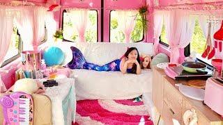 Video 🎀 If I Lived in a Barbie Dream Camper 🎀 MP3, 3GP, MP4, WEBM, AVI, FLV Maret 2019