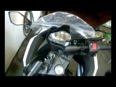 2009 & 2012 Ninja 250 Comparison Video .mp4