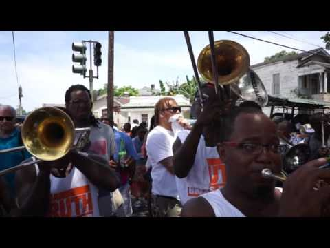 Divine Ladies Second Line Da Truth brass band 2016