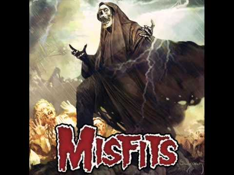 Tekst piosenki Misfits - Where Do They Go? po polsku
