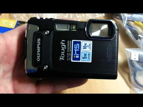 Unboxing of the Olympus Tough TG-820 Compact Camera