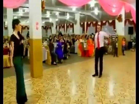 Düğünde Oynayan Kızı Kaçırdılar