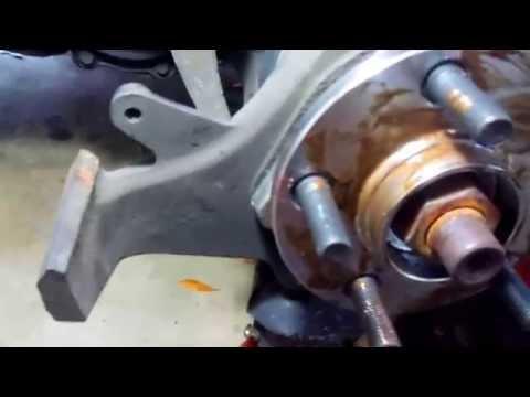 Chrysler Sebring Convertible - Wheel Hub Install