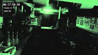 To nagranie pochodzi z kamery w pubie. Nad ranem działy się tam niewytłumaczalne rzeczy