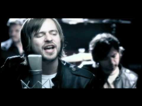 Amar music video Chetes Querer